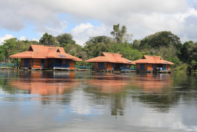 Brazil-Tailormade-Tours-Uakari-Floating-Lodge_Ext-2