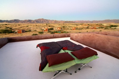 Namibia-Holiday-Tours-Agama-River-Lodge_Sossusvlei-South-SleepingUnderStars1