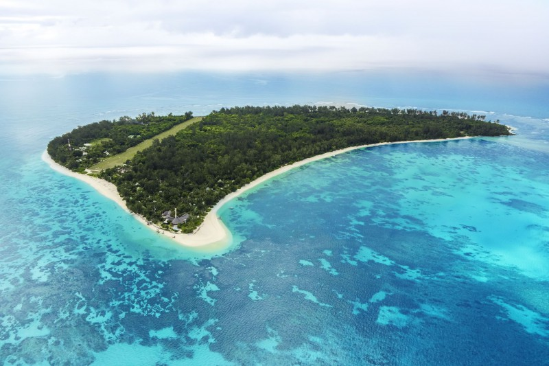 Seychelles-Holiday-Tours-Denis-Island-Resort_Aerial