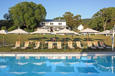 South-Africa-Tailormade-Tours-Belvidere-Manor_Pool