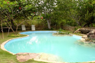 Guyana-Tailormade-Tours-Rock-View-Lodge_Pool