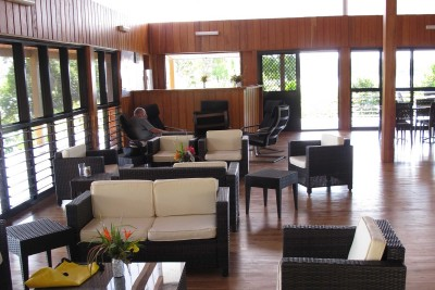 Papua-New-Guinea-Wildlife-Tours_Accommodation_Lake-Murray-Lounge