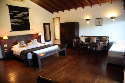 Sri-Lanka_Accommodation_Weligama-Bay-Resort_Bungalow-family-room